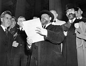 Oppression Posters - Rabbi Eliezer Silver Reads A Petition Poster by Everett