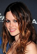 Rachel Bilson Posters - Rachel Bilson At Arrivals For Waiting Poster by Everett