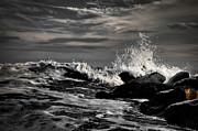 Raging Seas Print by David Hahn