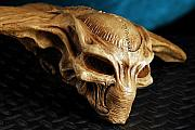 Movie Prop Originals - Rare ID 4 skull collectible by Craig Incardone
