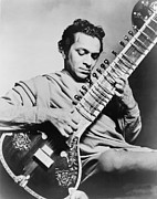 Ravi Art - Ravi Shankar B. 1920, Playing by Everett