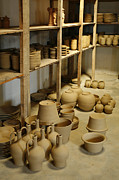 Gaspar Avila - Raw pottery