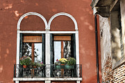 Venecia Photos - Rear windows by Tom Prendergast