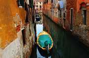 Venice Tour Prints - Reason To Return Print by Bob Christopher