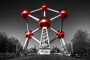 Bruxelles Art - Red Atomium by Rob Hawkins