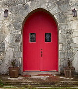 Graham Winchester - Red Door