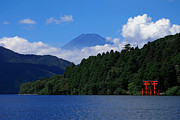 Torii Photos - Red Torii By The Lake And Mtfui by ITO Hajime
