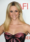 Reese Framed Prints - Reese Witherspoon At Arrivals For How Framed Print by Everett