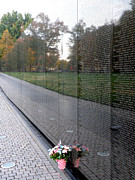 Vietnam Veterans Memorial Photos - Reflections by FeVa  Fotos