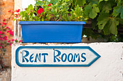 Geranium Photos - Rent rooms sign by Tom Gowanlock