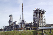 Esso Photos - Residfiner At An Oil Refinery by Paul Rapson
