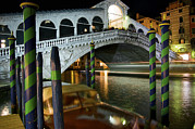 Rialto Bridge Over The Grand Canal Print by Jim Richardson