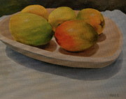 Wooden Bowl Paintings - Ripe mangos in a wooden bowl by Walt Maes