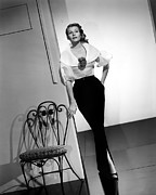 1950s Portraits Photos - Rita Hayworth, Columbia Pictures, 1956 by Everett