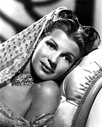 Bare Shoulder Photo Prints - Rita Hayworth, Portrait Print by Everett