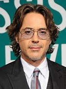Robert Downey Jr. Prints - Robert Downey Jr. At Arrivals For Due Print by Everett