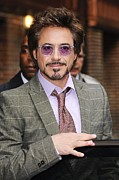Celebrity Candids - Monday Framed Prints - Robert Downey Jr., Visits Late Show Framed Print by Everett