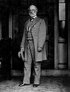 Confederacy Prints - Robert E. Lee, General Print by Everett