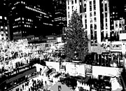 Rockefeller Plaza Framed Prints - Rockefeller Tree BW8 Framed Print by Scott Kelley