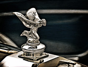 Rolls Royce Digital Art - Rolls Royce Hood Ornament by Douglas Pittman