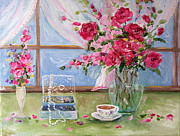 Modes Paintings - Roses and Pearls by Jennifer Beaudet