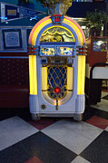 Wurlitzer Photos - Route 66 Wurlitzer by Bob Christopher