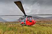 Helicopter Art - Royal Navy SAR Sea King XZ920 Glencoe by Gary Eason