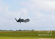 Rq-4 Global Hawks First Flight Print by Photo Researchers