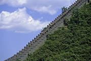 Runners In The Great Wall Marathon Print by Michael S. Yamashita