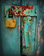 Blue Barn Doors Photos - Rusty Lock by Perry Webster
