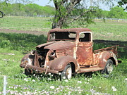 Vin Photo Prints - Rusty Truck Print by Sandra Vasko