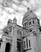 Sacre Coeur Photos - Sacre Coeur by Ivy Ho