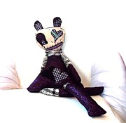 Quirky Sculptures - Sadie Soc Hop Zombie by Oddball Art Co by Lizzy Love
