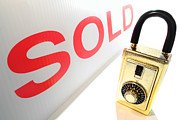 Broker Photos - Safe and Sold by Olivier Le Queinec