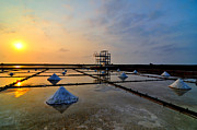 Sun In Cloud Prints - Salt Field Print by Photo by Vincent Ting