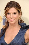 Dangly Earrings Framed Prints - Sandra Bullock At Arrivals For 2009 Mtv Framed Print by Everett