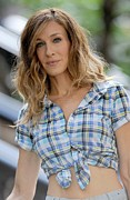 Kristin Callahan Photo Framed Prints - Sarah Jessica Parker On Location Framed Print by Everett