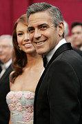 Academy Awards Framed Prints - Sarah Larson And George Clooney Framed Print by Everett