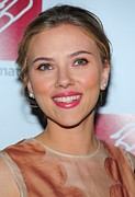 Pink Lipstick Framed Prints - Scarlett Johansson At Arrivals For New Framed Print by Everett