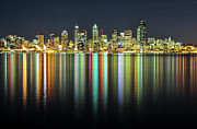 Illuminated Tapestries Textiles Metal Prints - Seattle Skyline At Night Metal Print by Hai Huu Thanh Nguyen