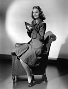 1940s Hairstyles Photos - See Here, Private Hargrove, Donna Reed by Everett