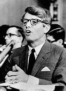 Senator Kennedy Art - Sen. Robert F. Kennedy Testifying by Everett