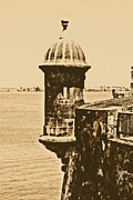 El Morro Digital Art - Sentry Tower Castillo San Felipe Del Morro Fortress San Juan Puerto Rico Rustic by Shawn OBrien