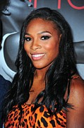 Serena Williams Framed Prints - Serena Williams At Arrivals Framed Print by Everett