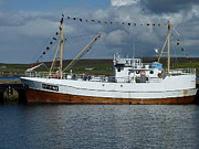 George Leask Art - SF-5-NV visiting Shetland by George Leask