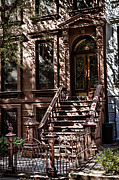 Val Black Russian Tourchin - Shadows Play on Brownstone