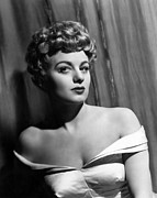 Winters Framed Prints - Shelley Winters, 1950 Framed Print by Everett