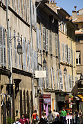Residential Structure Prints - Shoppers On Rue Ditalie In Aix-en-provence Print by Glenn Beanland