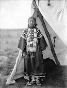Lame Prints - SIOUX GIRL, c1905 Print by Granger
