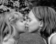 The Kiss Photography - Sisters The Kiss by Randy Steele